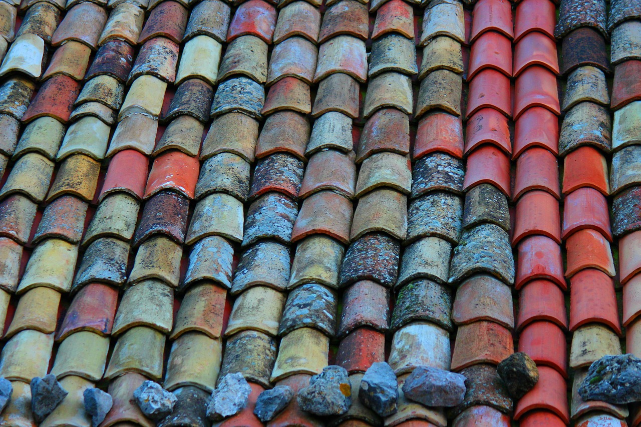 roof-962157_1280