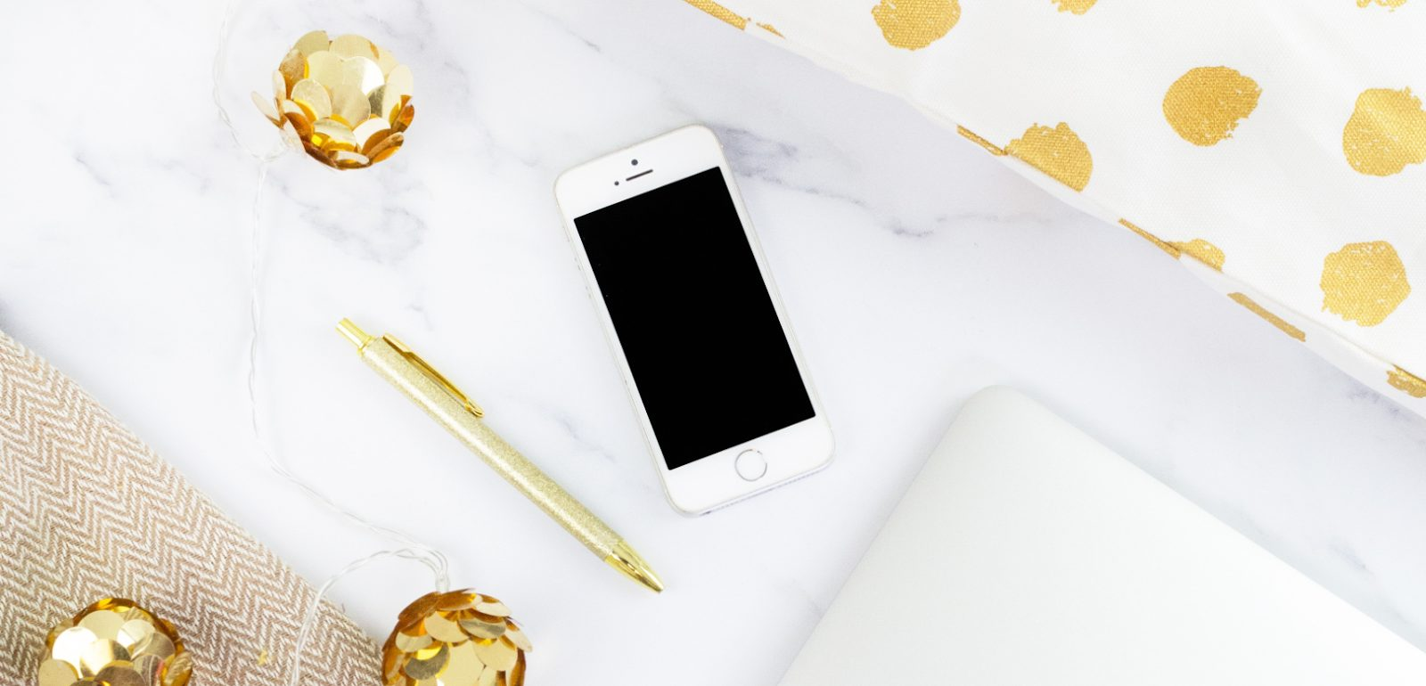 iphone and gold decors